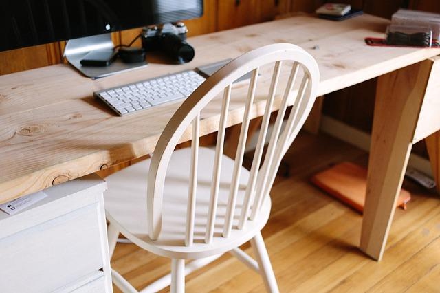 wood-926606_640.jpg